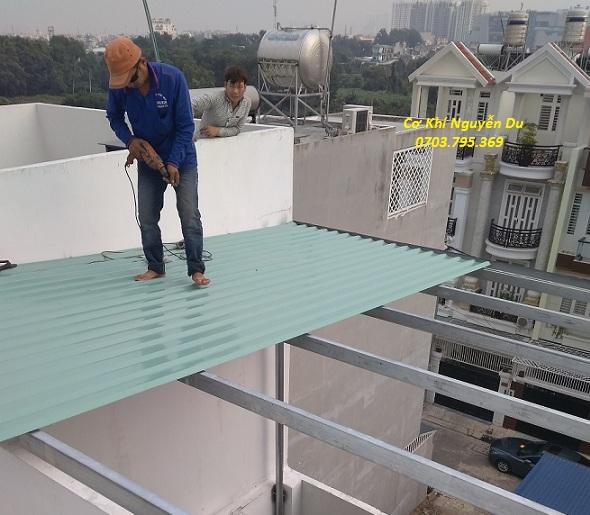 thợ làm mái tôn tạ Quận 2