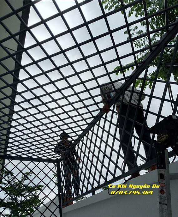 Làm khung sắt bảo vệ tại quận Gò Vấp