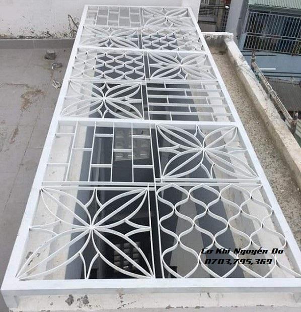 Làm khung sắt giếng trời tại Biên Hòa