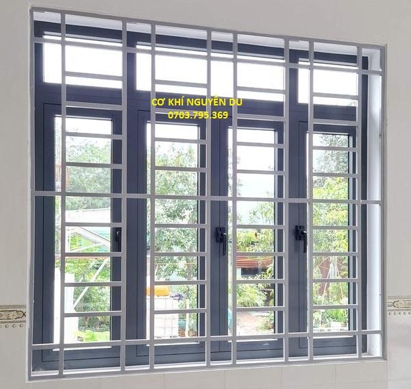 Làm khung bảo vệ cửa sổ tại Bình Dương