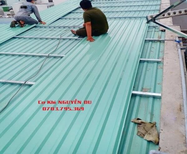 Làm mái tôn tại Thuận An