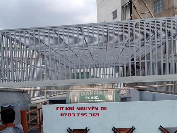 Làm khung sắt bảo vệ tại quận Phú Nhuận