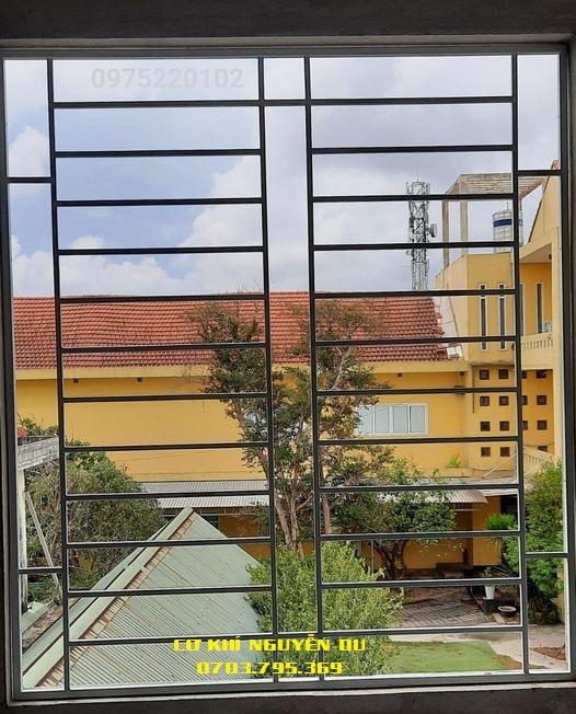 Làm khung sắt bảo vệ cửa sổ tại quận Phú Nhuận