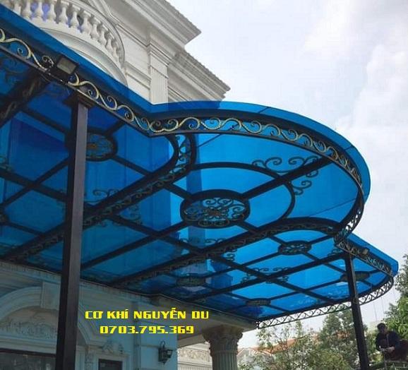 Dịch vụ làm mái poly tại quận Tân Phú