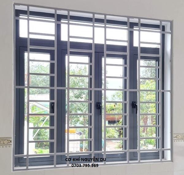 Làm khung sắt bảo vệ cửa sổ tại quận Tân Bình